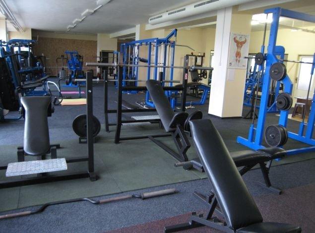 21bb42910 Fitness centrum UNIVERSAL - posilňovňa a fitness Prešov