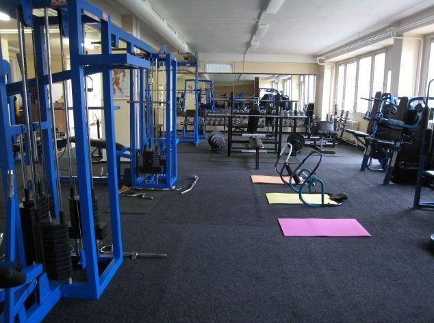 016d04f7d Fitness centrum UNIVERSAL, Fitness centrum UNIVERSAL ...